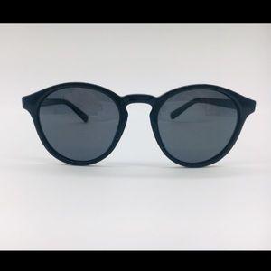 Polaroid black round sunglasses 1013- S D28